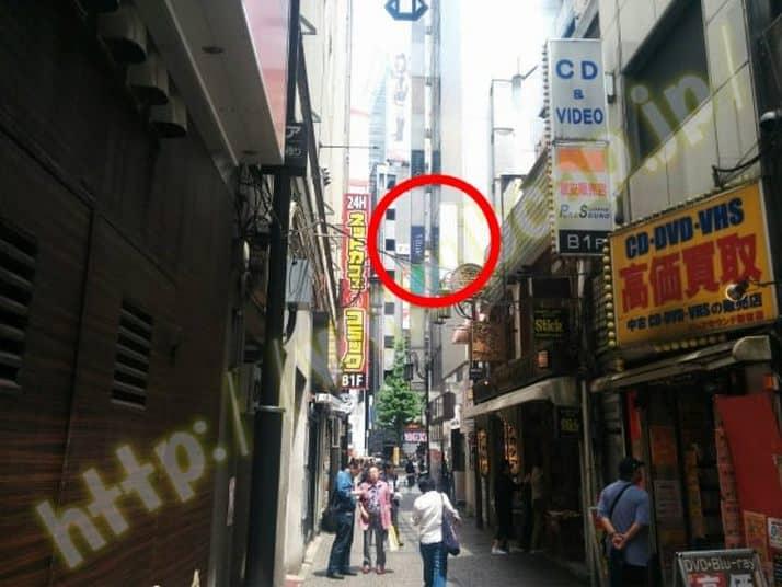 ヴィトゥレ新宿靖国通り店のアクセス方法10