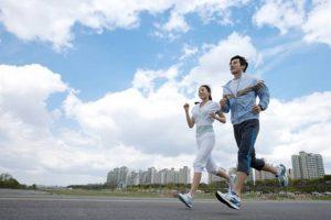 イマイチなウエストを補足する方法-ジョギング